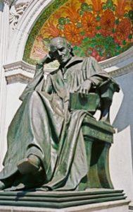 Hahnemann Monument